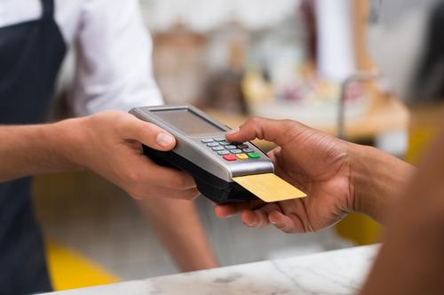 A medida dá maior previsibilidade nas compras, já que com o sobe e desce da taxa de câmbio isso era impossível de ser feito